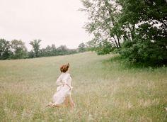 Spring meadow wedding inspiration | Wedding Sparrow