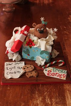 Opened Gift Box Cake by Andrea's SweetCakes, via Flickr