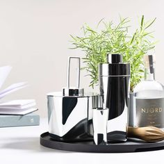 "stil.leben concept store on Instagram: ""Mixen, werfen, einschenken! Coole Cocktailshaker von Zone - Shake it Baby 🍸 @stil.leben   #cocktailshaker #eisbucket  #ginmaking…"" Cocktail Shaker, Home Accessories"
