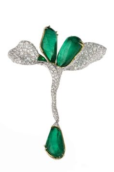 Four Seasons Collection emerald brooch by Cindy Chao.