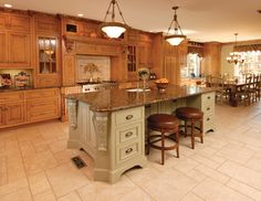 Kitchen - traditional - kitchen - new york - East End Country Kitchens