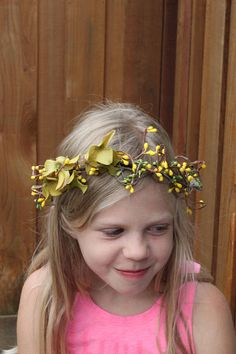 Tie bacK Dried Flowers Wreath, Rustic Wedding Accessories, Baby's Breath Floral Crown, New Born Floral Halo