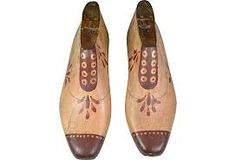 decorated wooden shoe forms - Buscar con Google