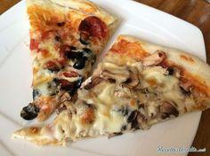 Pizza con harina integral para diabéticos Diabetic Desserts, Diabetic Recipes, Healthy Recipes, Masa Pizza Integral, Pizza Vegetal, Greek Marinated Chicken, Deli Food, Almond Flour Recipes, Sugar Free Recipes