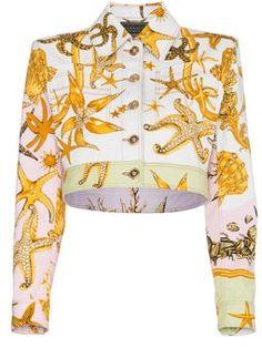 Versace Cropped Denim Jacket With Marine Print - Farfetch Love Fashion, Fashion Outfits, Fashion Design, Versace Pattern, Versace Jacket, Classy Work Outfits, Gianni Versace, Versace Versace, Cropped Denim Jacket