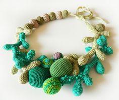 http://www.breslo.ro/Portofoliu/lida.accessories