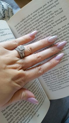Wow!! Lovely nude nails with a bit of sparkle!! Shows of the wedding ring Too!!