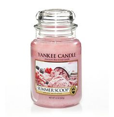Yankee Candle Summer Scoop Housewarmer Jar. Smells just like strawberry ice cream. Gorgeous!