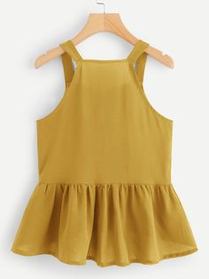 To find out about the Single Breasted Dip Hem Top at SHEIN, part of our latest Tank Tops & Camis ready to shop online today! Cute Summer Outfits, Kids Outfits, Cute Outfits, Yacht Fashion, Pop Fashion, Casual Wear, Casual Outfits, Mode Chic, Sewing Clothes