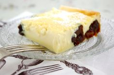 The Rambling Epicure: Destination Dessert: Far Breton aux Pruneaux, Baked Flan with Prunes from Brittany English Food, English Recipes, Sweet Tarts, Cake Cookies, Bon Appetit, Food Art, Sweets, Baking, Brittany