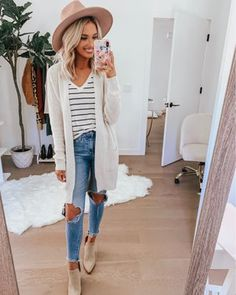 Shop this pic from - Winter Outfits Mom Outfits, Cute Outfits, Fashion Outfits, Fashion Fashion, Weekend Style, Weekend Wear, Fall Winter Outfits, Autumn Winter Fashion, Winter Style