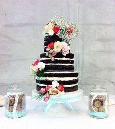 Naked cake, chocolate cake