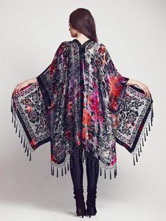 V E L V E T - T I E - D Y E    Shine and shimmer in this stunning multicolored velvet tie dye kimono! Featuring burnout velvet floral fabric with bursts