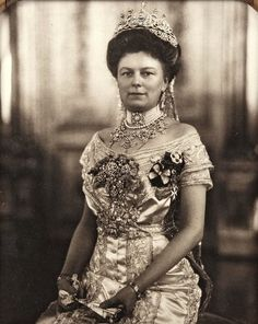 A gorgeous image of Sophie Chotek, duchess of Hohenberg, spouse of archduke Franz Ferdinand of Austria. Early 1910s.