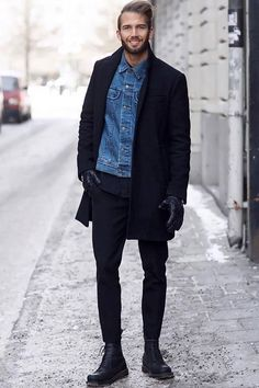 チェスターコート,デニムジャケット,メンズファッションコーデ着こなし