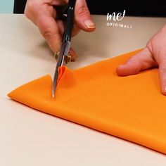 Sewing Basics, Sewing Hacks, Sewing Tutorials, Sewing Crafts, Sewing Tips, Sewing Collars, Couture Sewing Techniques, Diy Fashion Hacks, Sewing Lessons