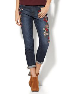 Shop Soho Jeans - Embroidered Relaxed Boyfriend Jean - Indigo Blue Wash. Find your perfect size online at the best price at New York & Company.