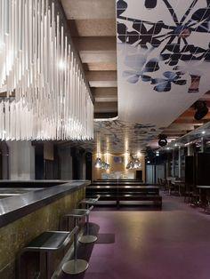 Hospitality Design : Club Mash by Ippolito Fleitz Pub Interior, Restaurant Interior Design, Best Interior, Interior Architecture, Restaurant Lighting, Restaurant Bar, Pub Design, Restaurants, Hotel Lobby