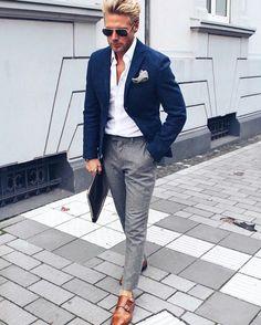 Mens fashion smart in 2019 fashion, mens fashion:cat, mens suits. Navy Blazer Men, Blazer Outfits Men, Mens Fashion Blazer, Suit Fashion, Work Outfits, Formal Outfits, Grey Slacks, Men's Outfits, Mens Blazer Styles