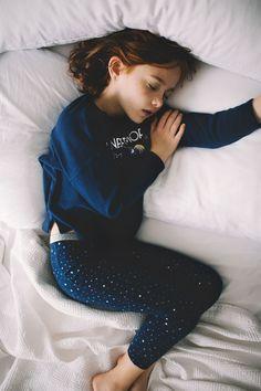 Investigate our variety of baby boy sleepers, footedpajamas, baby girl 2 portion p j's & more. Fashion Kids, Trendy Fashion, Beautiful Little Girls, Zara Kids, Kids Pajamas, Pyjamas, Sweet Girls, Kind Mode, Cute Kids