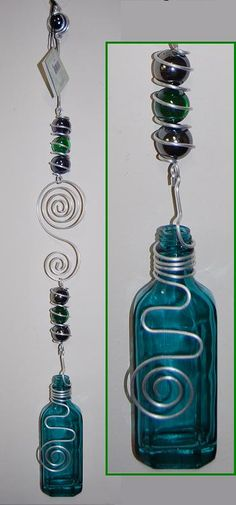 Hanging Glass Bottle                                                                                                                                                                                 More Wine Bottle Chimes, Melted Wine Bottles, Wine Bottle Art, Diy Bottle, Wine Bottle Crafts, Bottles And Jars, Mason Jar Crafts, Recycled Glass Bottles, Bottle Cutting