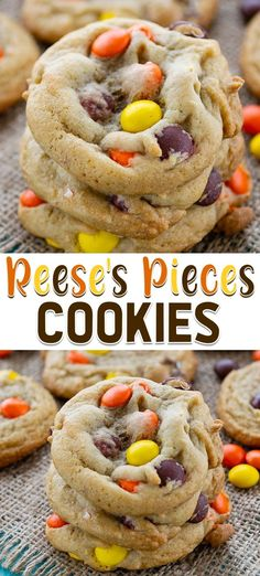 easy cookies Reeses Pieces Cookies are an easy chocolate chip cookie recipe filled with candy instead of chocolate chips. These easy cookies have a peanut butter flavor from the Reeses but taste like a chocolate chip cookie! Cake Mix Cookie Recipes, Chip Cookie Recipe, Best Cookie Recipes, Yummy Cookies, Dessert Recipes, Easy Recipes, Recipes Dinner, Reese Pieces Cookie Recipe, Baking Recipes For Cookies
