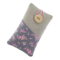 Fabric iPhone 5 case / iPhone 4 case / iPod sleeve / cell phone protector /smal roses over grey / flower pattern, €11.00