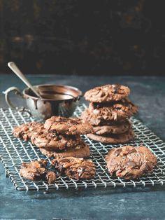 Ať už patříte mezi čokoholiky, nebo ne, tyhle sušenky si stoprocentně zamilujete! Cereal, Breakfast, Food, Morning Coffee, Meal, Essen, Hoods, Meals, Breakfast Cereal