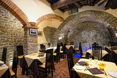 Check out the best local restaurants in the charming southern Tuscany town of Cortona, Italy.