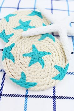 DIY Nautical Coasters using natural cording from @orientaltrading and Americana Acrylics!