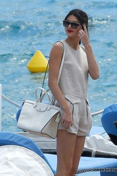 Kendall Jenner with her Longchamp Le Pliage Heritage