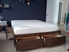 How To Build A DIY Bed With Loads Of Storage