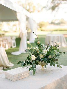Floral Design: Myrtie Blue - http://myrtieblue.com Wedding Planning: Peach