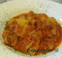 Pavo con salsa de tomate