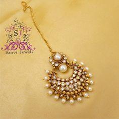 Buy online Moti maangtika - Pearl maang tikka from Mirraw Tikka Jewelry, India Jewelry, Hair Jewelry, Wedding Jewelry, Jewelry Sets, Jewelery, Gold Jewelry, Fashion Jewelry, Diamond Jewellery