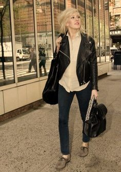 Ellie Goulding style: biker jacket, oxfords