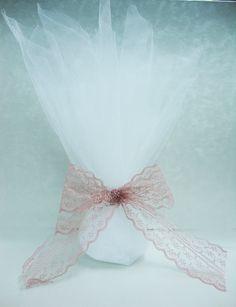 ΜΠΟΜΠΟΝΙΕΡΕΣ ΓΑΜΟΥ ΜΕ ΤΟΥΛΙ -  ΚΩΔ: VIL04 Decorations, Throw Pillows, Wedding, Organization, Valentines Day Weddings, Cushions, Hochzeit, Decoration, Decor Pillows