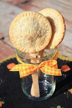 Pumpkin Pie Pops. Maybe make them Peach? Wedding favors
