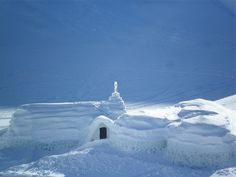 The most beautiful pictures of Romania: Ice Hotel Balea