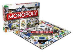 El clásico juego de mesa Monopoly tiene su propia versión del club de fútbol español Real Madrid. Los aficionados al club blanco y los de los juegos de mesa podrán reunirse en torno al juego de compra de propiedades inmobiliarias con los jugadores. Fabricante: Hasbro.
