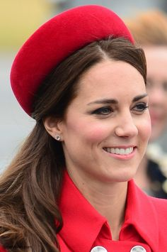 Duchess Kate: Royal Tour 2014 Begins as the Cambridges Touch Down in Wellington