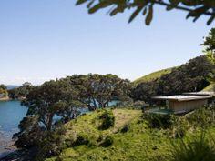 Rakino / Bach on Rakino Island Holiday Places, New Zealand, Golf Courses, Island, Mountains, Nature, Travel, Naturaleza, Viajes