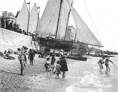 Pleasure Boats - Hastings UK Photo Archive at Hastings & St Leonards Guide Hastings Seafront, Hastings Beach, Hastings East Sussex, Luxury Sailing Yachts, Uk Photos, Photo Archive, Vintage Photos, Lineage, Black And White