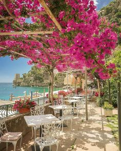 Where to Stay in Positano — Nicole Storey Beautiful Places To Travel, Wonderful Places, Dream Vacations, Vacation Spots, Amalfi Coast Italy, Travel Aesthetic, Italy Travel, Travel Inspiration, Destinations