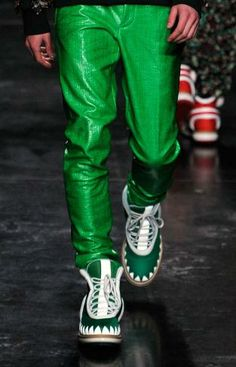 Day-glo: A/W young men's catwalk trend flash Young Man, Winter Collection, Catwalk, Parachute Pants, Leather Pants, Menswear, Trends, Fashion, Leather Jogger Pants
