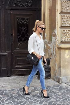 Make it Simple: white shirt, black high heels, blue jeans paired with a chanel bag #womenswear #spring #summer #style