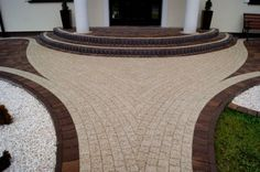 Terrace Design, Garden Design, Brick Driveway, Front Stairs, Garden Stairs, Path Ideas, Backyard, Patio, Front Entrances