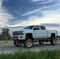 Chevy truck lifted 4x4