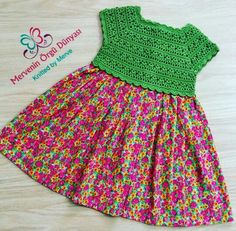 This Pin was discovered by Gül Crochet Yoke, Crochet Vest Pattern, Crochet Fabric, Crochet Dress Girl, Baby Girl Crochet, Crochet Baby Clothes, Crochet Toddler, Crochet For Kids, Little Girl Dresses