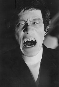 Shin Kishida as the vampire in 1971's Lake of Dracula (dir: Michio Yamamoto).
